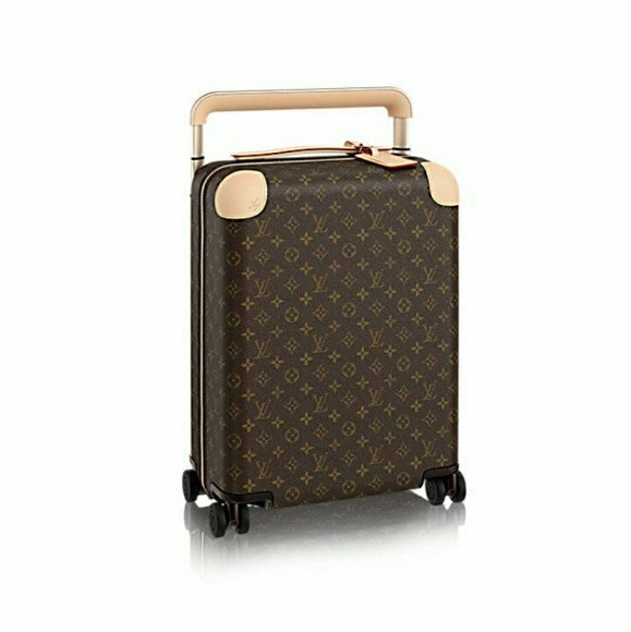 8eee29bb24d6 Louis Vuitton Handbags - Authentic Louis Vuitton Horizon 50 luggage